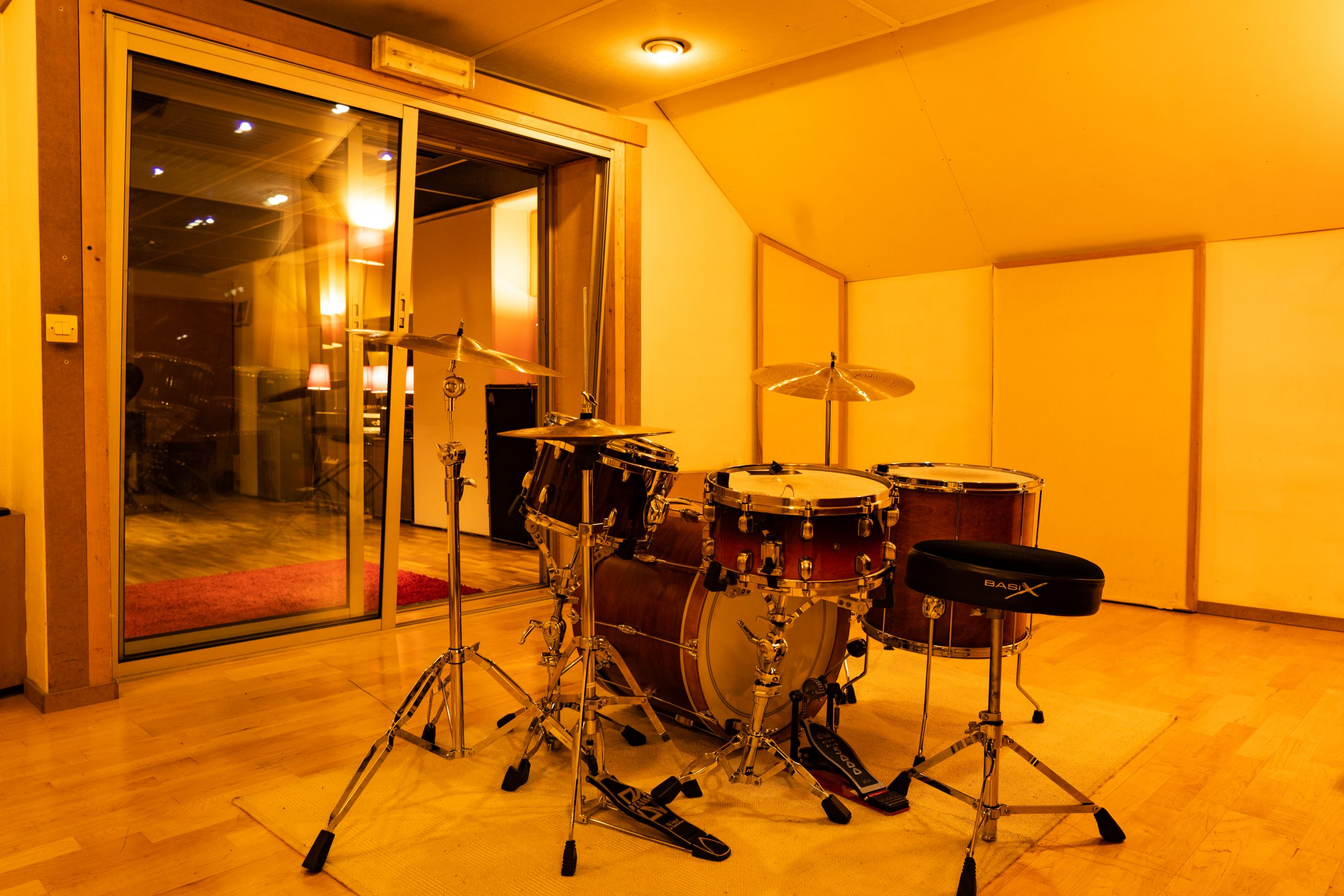 STUDIO B - DRUM BOOTH